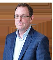 Luke Moore | Vice-président exécutif, directeur général des opérations et des médias